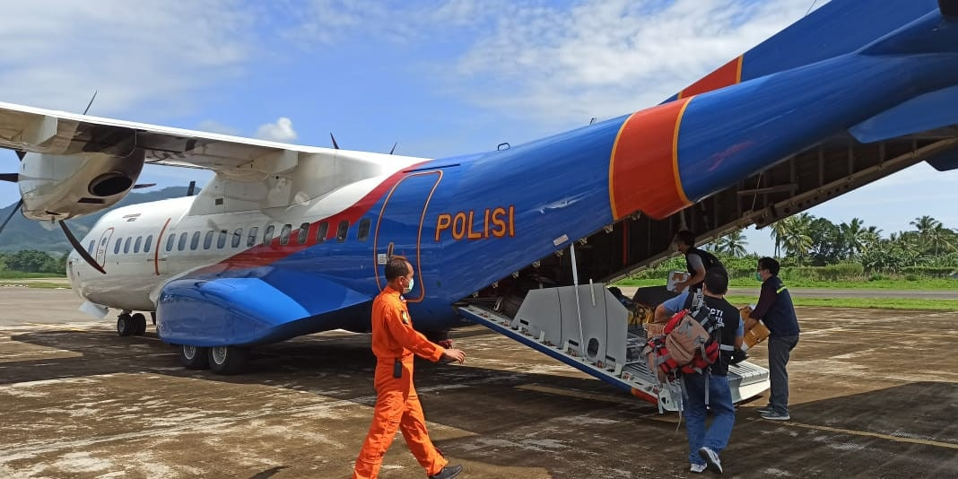 Pengiriman Bantuan Bencana NTT