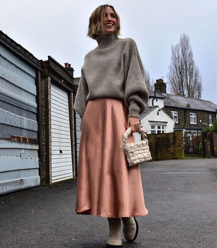 How to style your skirts for winter weather