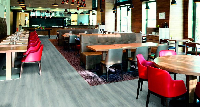 flint-floor-hitech-pavimentos-laminados-pabimentos-hifloor-pavimento-laminado-hoteles-restaurantes-cafeterias-larga-vida-util-flint-ofrece-gran-variedad-de-disenos-para-el-interiorismo-de-locales- (1)