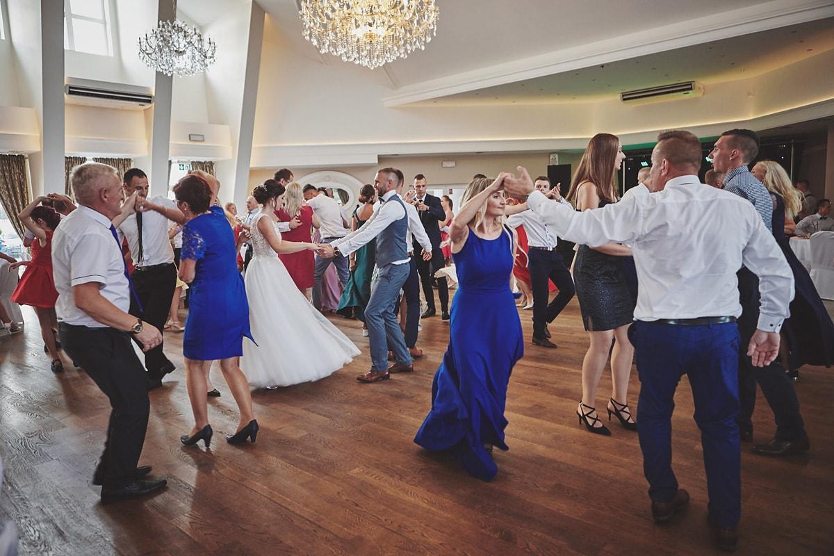 Skrót z reportażu ślubnego w Dworku Broniszówka 90