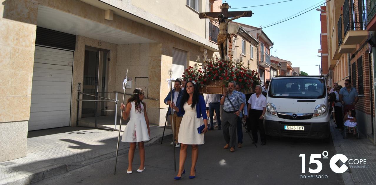 La imagen del Cristo de San Luis recorrió las calles de costumbre en la procesión de su fiesta
