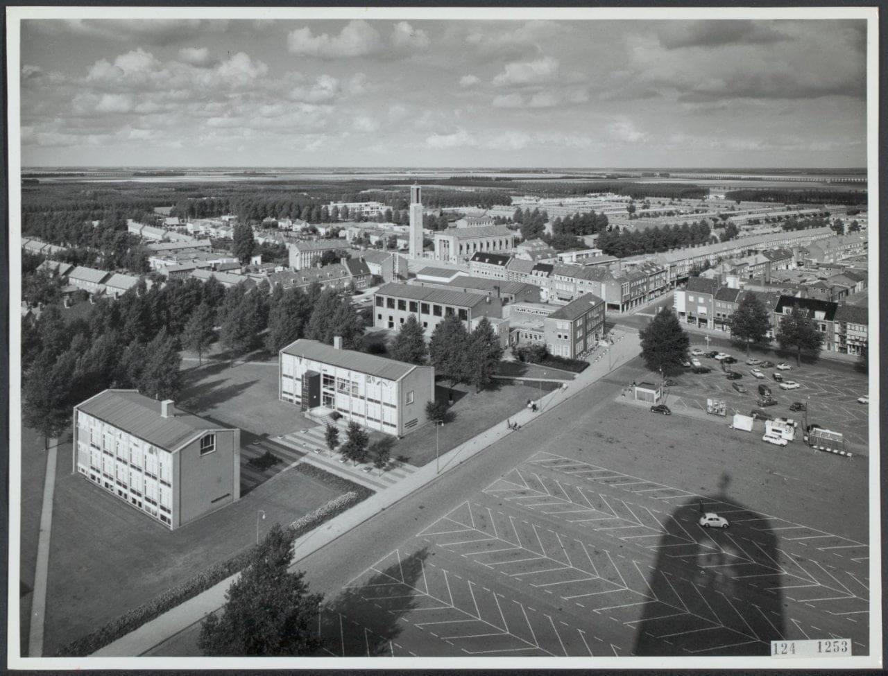 De-Deel-1965-met-Landbouwhuis