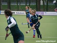 Hockey: Fatima Moreire de Melo van Rotterdam tegen Forward