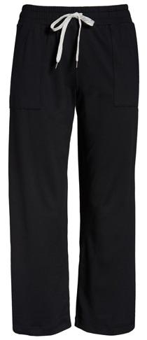 best loungewear for women - Vuori crop sweatpants | 40plusstyle.com