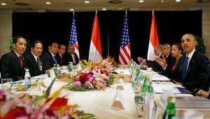 Presiden Jokowi bertemu Presiden AS Barack Obama, di Beijing, RRT, Senin (10/11)