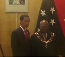 Presiden Jokowi diterima PM Papua Nugini Martin O'Neill, di Port Moresby, Senin (11/5) malam
