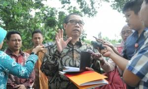 Kepala BNSP Ir. Sumarna F. Abdurrahman
