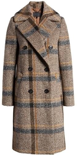 Plaid coat | 40plusstyle.com