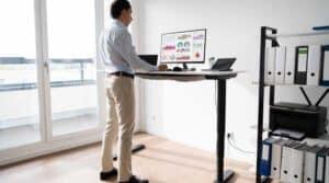 Pneumatic vs Electric Standing Desk