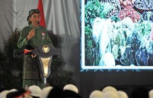 President Jokowi delivers a remarks at the Opening of National Pasanggiri and the 2017 Teenage National Championship of National Pencak Silat School (Persinas) ASAD, at Minhaajurrosyidiin Islamic Boarding School, Lubang Buaya, Jakarta, Tuesday (8/8) morning (Photo: JAY/ PR)