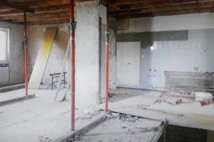 Umbau EFH Uitikon Gang OG Rohbau