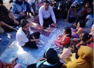 Finance Minister Sri Mulyani visits Lombok, West Nusa Tenggara, Thursday (23/8). (Photo: Facebook/ Ministry of Finance)