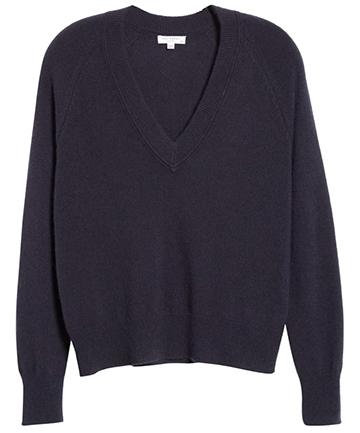 Equipment cashmere sweater | 40plusstyle.com