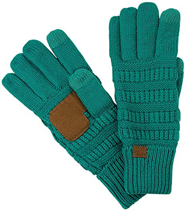 C.C cable knit gloves | 40plusstyle.com