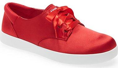 Alegria Poly Sneaker | 40plusstyle.com