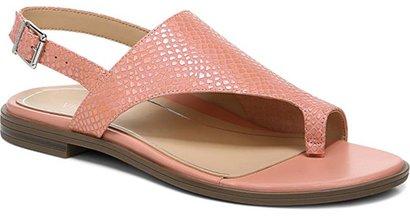 Vionic toe loop sandal   40plusstyle.com