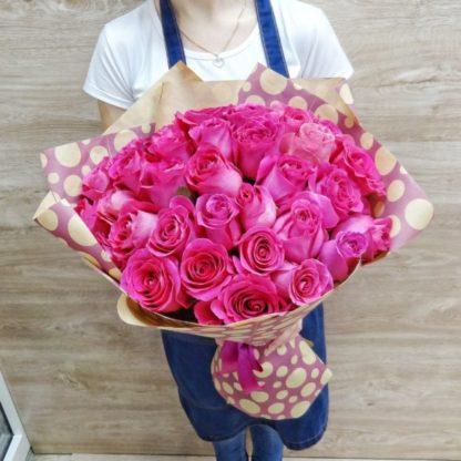 35 розовых роз Пинк Флойд