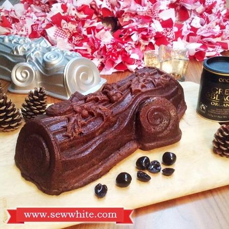Sew White Christmas Black Forest Chocolate Cake 1