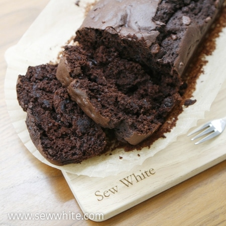 Sew White Chocolate and beetroot cake easy recipe 4