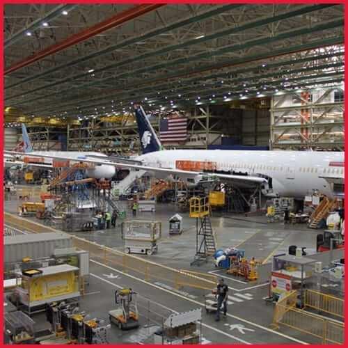 Almacén de la fabrica Boeing Everett montacargas