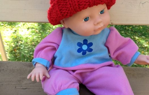 ASimpleHomestead.com - preemie baby mock cable hat