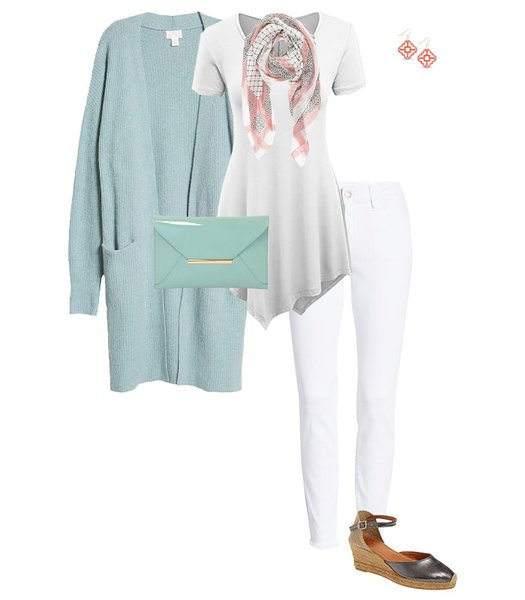 Long cardigan idea to hide your belly | 40plusstyle.com