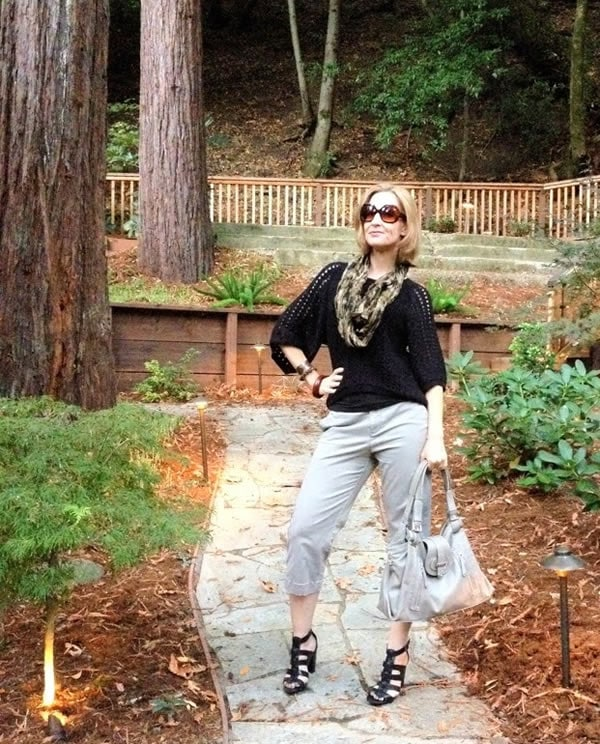 Funky gray and black outfit | 40plusstyle.com