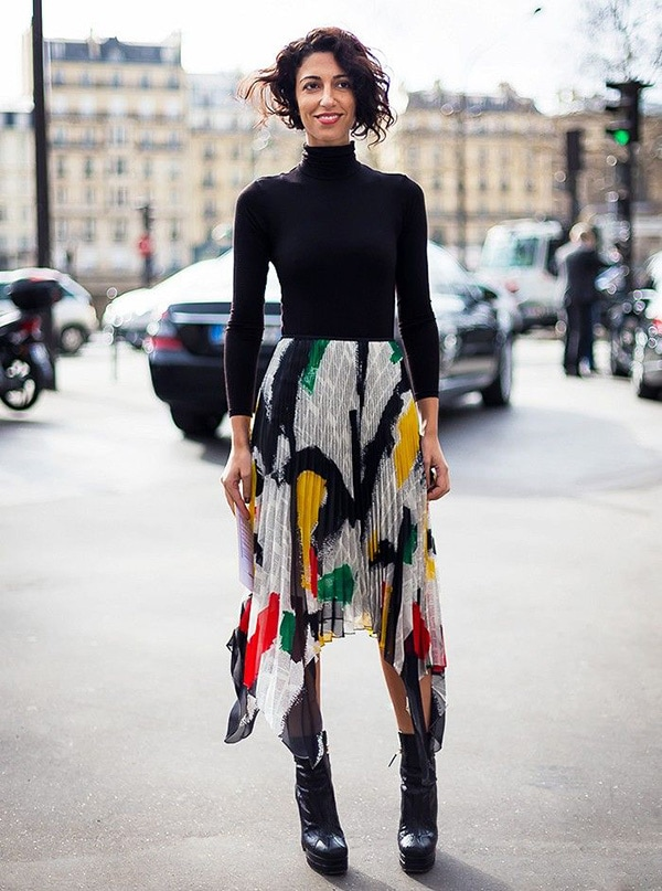 Yasmin Sewell style for women over 40 | 40plusstyle.com