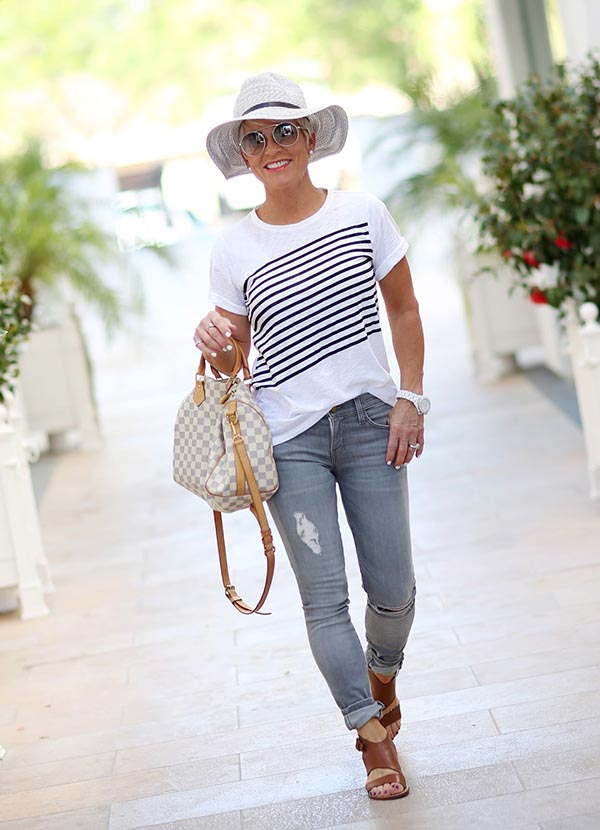 Shauna wearing white top and jeans | 40plusstyle.com