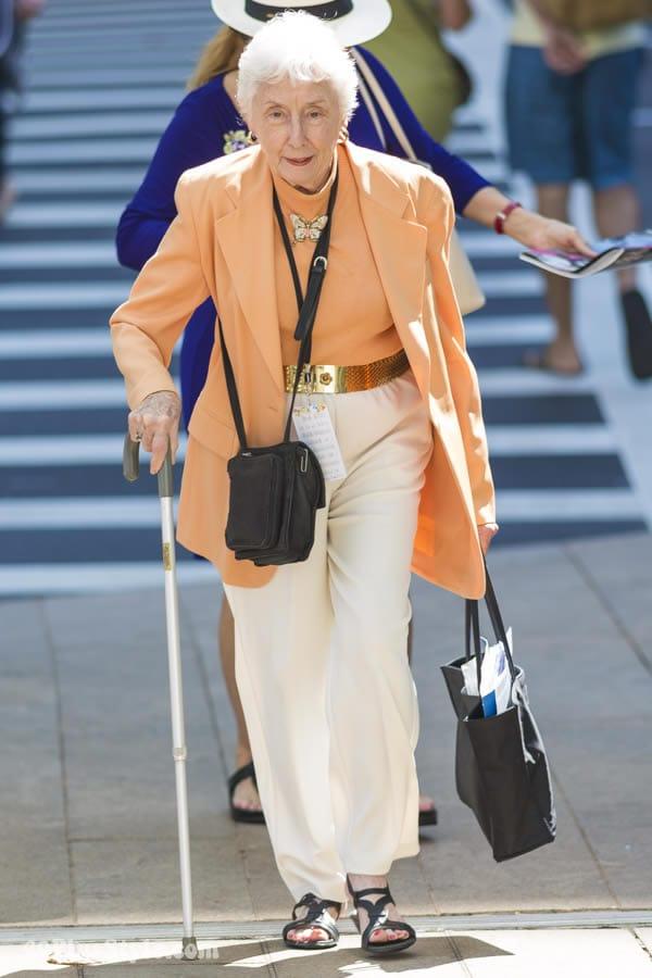 wearing orange pastels   40plusstyle.com