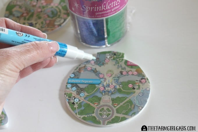 Disney Guidemap Ornaments - Step 3