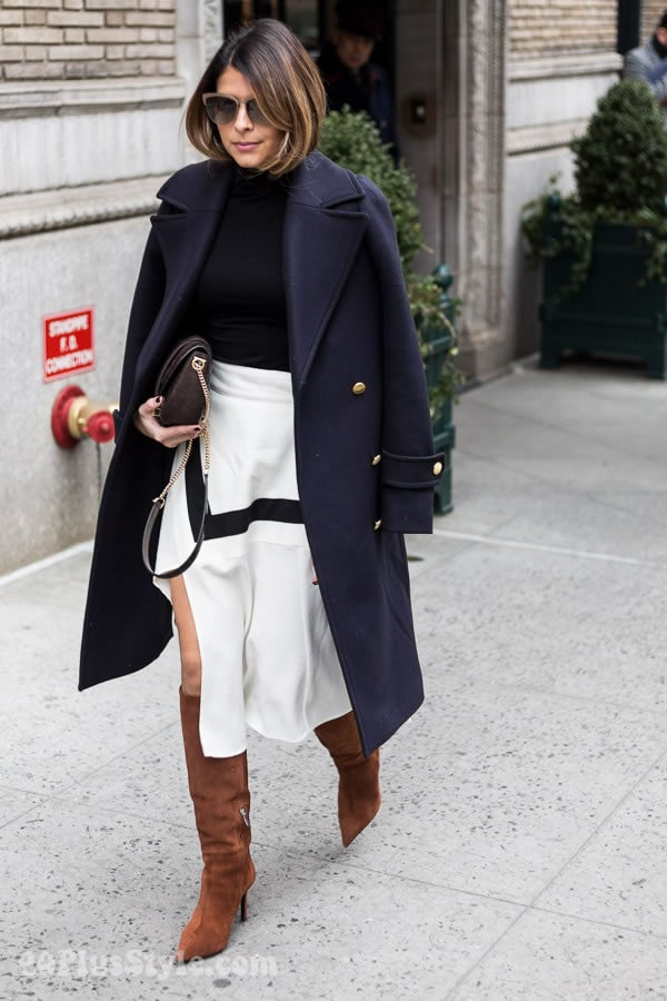 Wearing navy and white | 40plusstyle.com