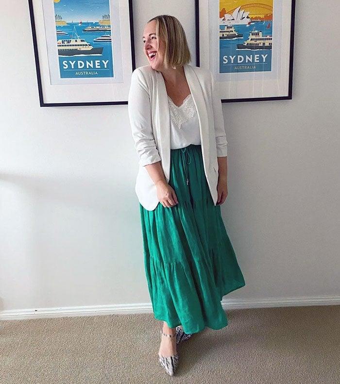 how to dress over 40 | Kylie wears a white blazer | 40plusstyle.com
