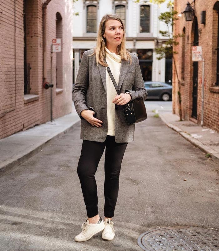 The Ultimate Guide To Creating A Capsule Wardrobe That Works For You | 40plusstyle.com