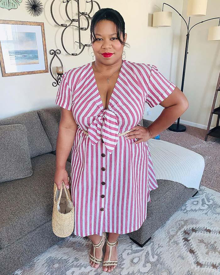 Flattering stripe dress to hide a belly | 40plusstyle.com