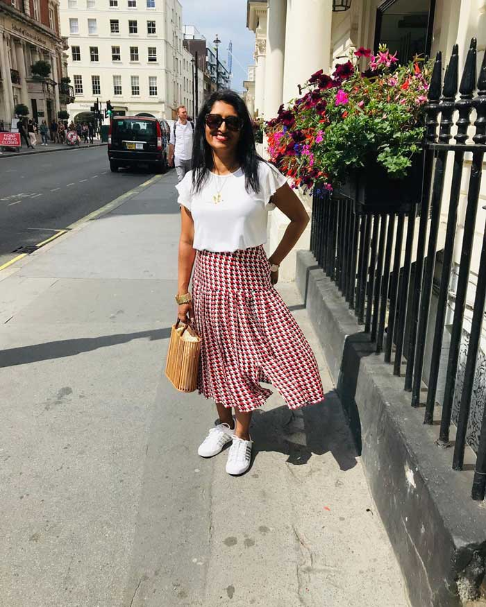 best skirts for women for the rectangle body shape | 40plusstyle.com