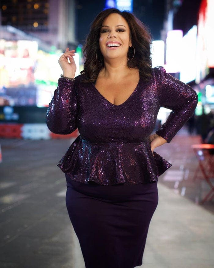 Peplum tops are perfect for hourglass figures   40plusstyle.com