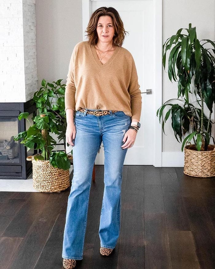 v-necks can make you look taller and slimmer | 40plusstyle.com