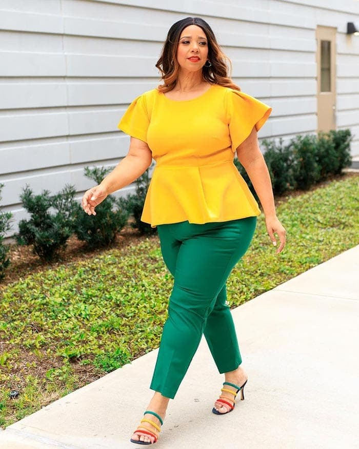 Estrella wears a yellow and green outfit | 40plusstyle.com