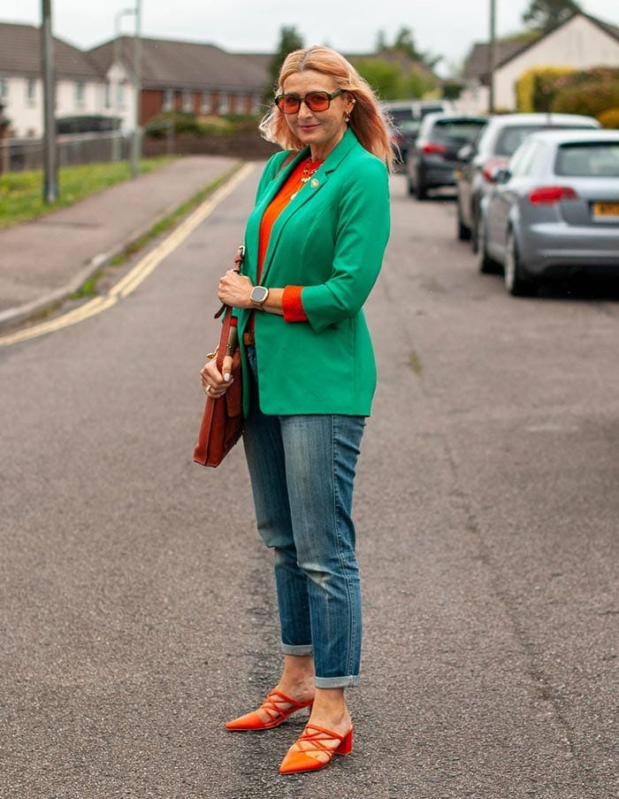 Catherine wearing green and orange | 40plusstyle.com