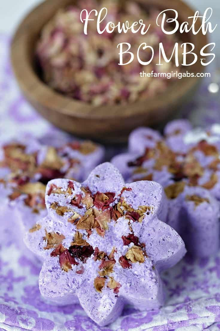 Make a batch to give as gifts, or make some when you need to relax - this Flower Bath Bombs recipe only requires a few simple ingredients. #bathbombs #spa #selfcare #diybathbombs #flowers #bathbombsrecipe