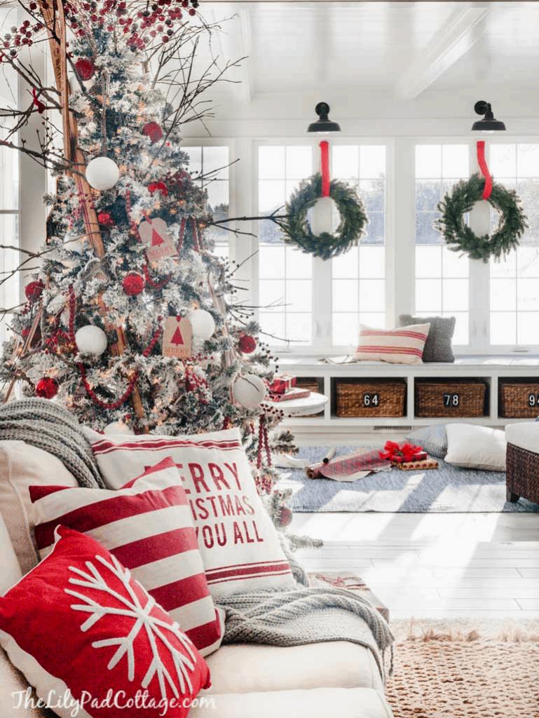 Red White Christmas Tour