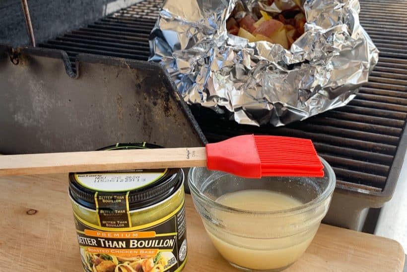 Fire up the grill and make this Potato And Bacon Foil Packets recipe. This easy grilled side dish is a perfect summer recipe or camping recipe. And it has bacon in it! #foilpackets #potatoandbaconfoilpacket #campingrecipe #grillingrecipe #Ad #BTBGrillingRecipes #IC
