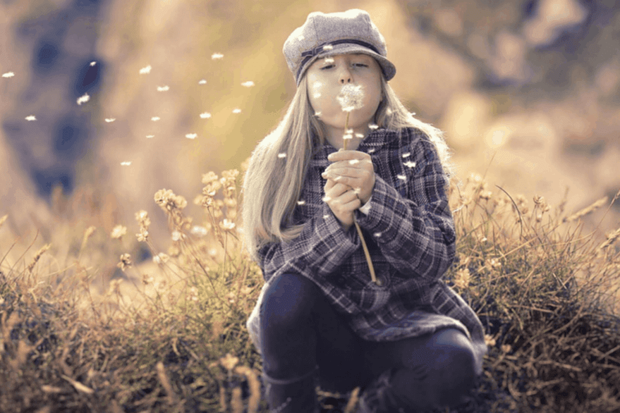 4 Secrets To Living Your Life Happy and Stress Free