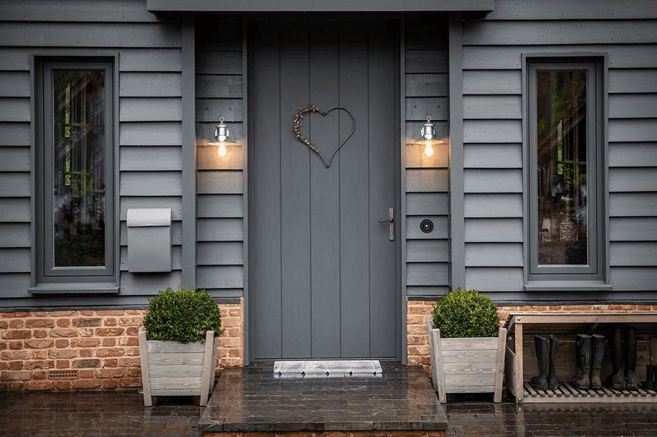 GREY LIGHT DOOR PORCH DESIGN IDEAS