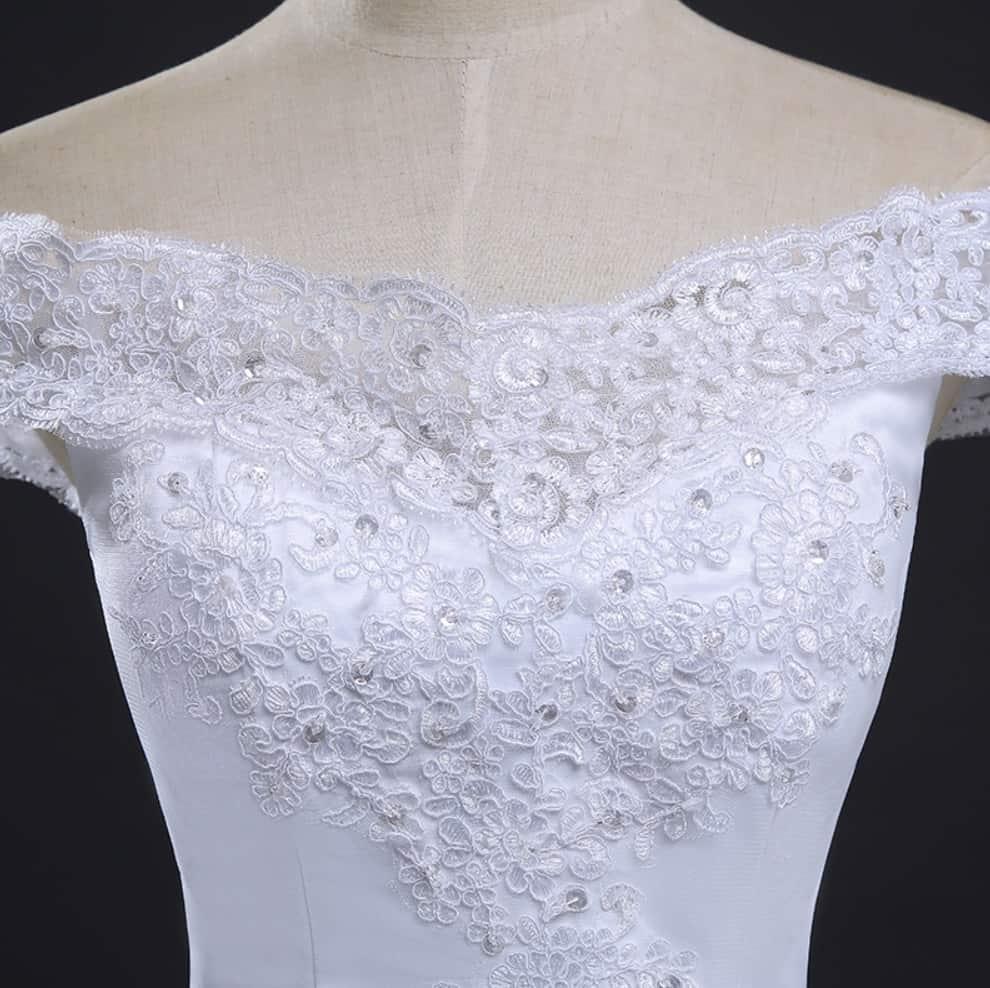 AliExpress Cheap Designer Wedding Dresses Bridal Gown Vintage Long Train 4