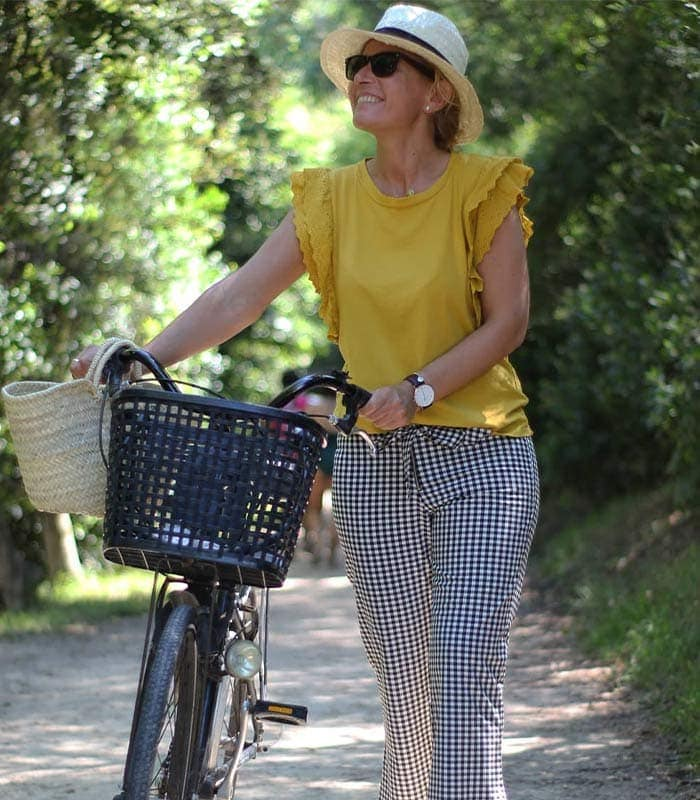 #40plusstyle Inspiration: 18 Bold Looks Featuring Yellow   40plusstyle.com