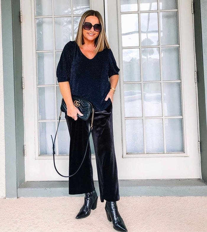 look at where your sleeves end to hide a belly | 40plusstyle.com