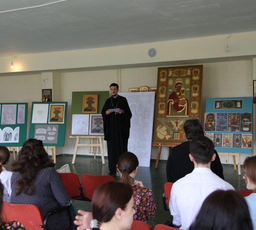 На иконописном отделении Донской духовной семинарии прошла защита выпускных иконописных работ