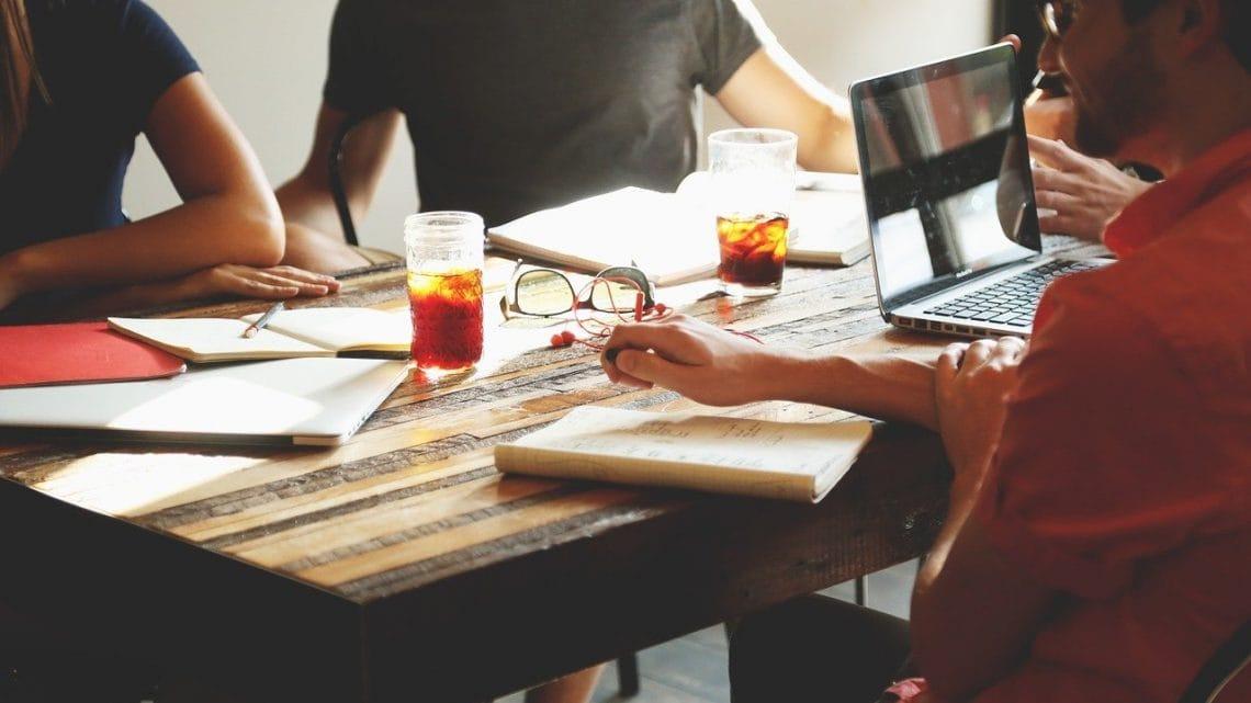 Comment mettre en œuvre une stratégie de développement ?